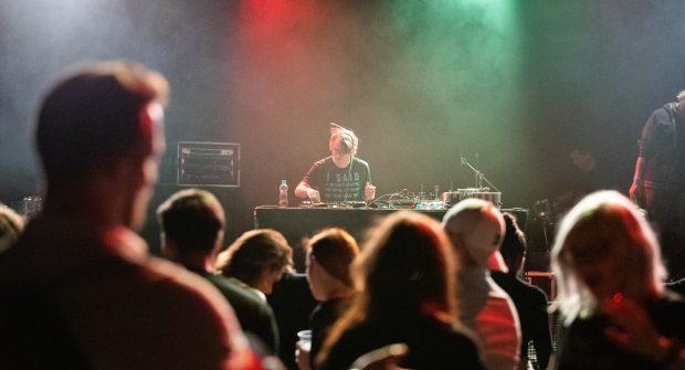 DJ Mardoša | Koncert TI 20 let | foto: Filip Tondr