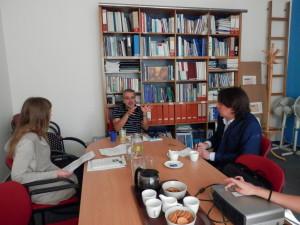 Vpravo expert Transparency International Ukrajina v České republice