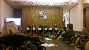 Seminář Politici, úředníci a etická pravidla terra (in)congnita